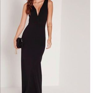 Missguided NWT black Plunge Maxi Dress. Size US 8.